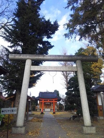 埼玉県足立神社の鳥居