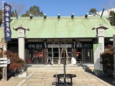 和田神社の本殿
