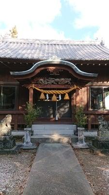 皇産霊神社の本殿