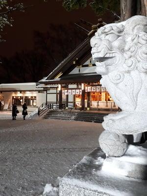 新琴似神社の狛犬