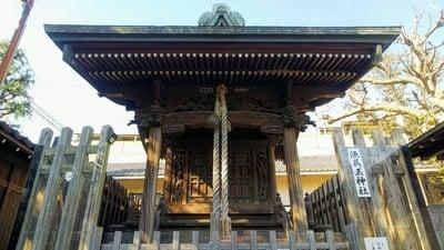 東京都鮫州八幡神社の本殿