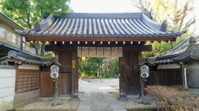 東京都品川寺の山門