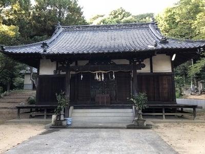 櫛梨神社の本殿