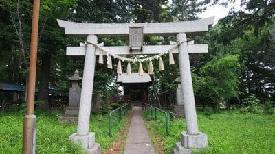 東京都上宮稲荷神社の鳥居