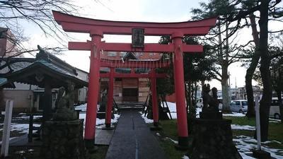 新潟県稲荷神社の鳥居