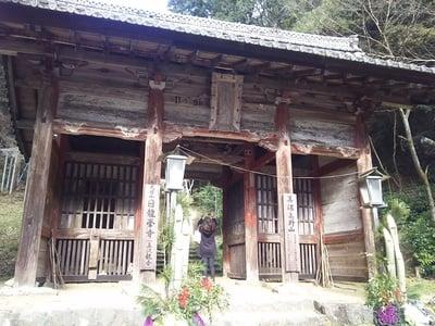岐阜県日龍峯寺(高澤観音)(美濃清水)の本殿