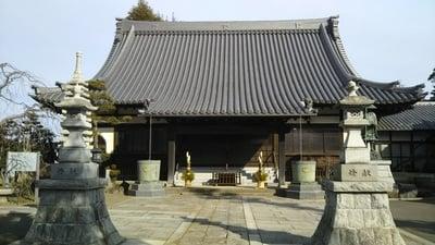 茨城県如意輪寺の本殿