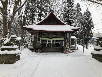 青森県金峰神社の本殿