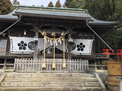 南湖神社の本殿