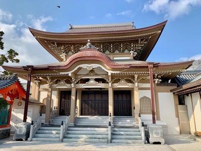 海泉寺の本殿