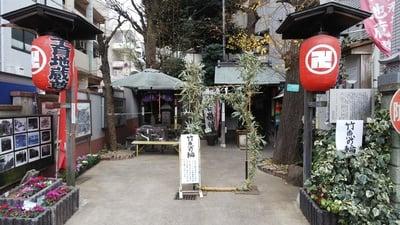 諏訪神社の近くの神社お寺|源兵衛子育地蔵尊