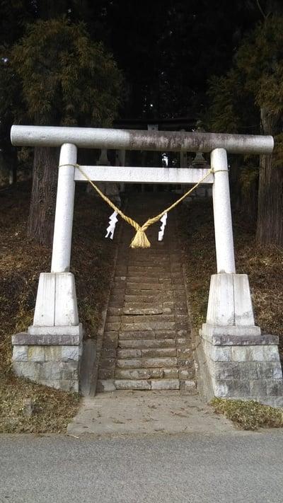 諏訪神社(茨城県袋田駅) - 鳥居の写真