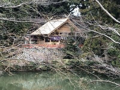 高鴨神社(奈良県北宇智駅) - 庭園の写真