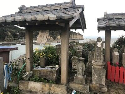 岩船地蔵尊(千葉県浪花駅) - 手水舎の写真