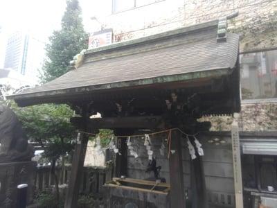 東京都高山稲荷神社の本殿