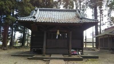千波神社の本殿