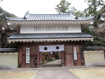 静岡県油山寺の山門