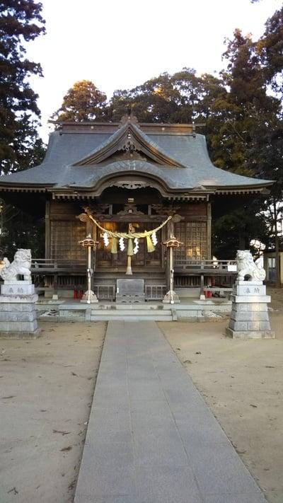 静神社の本殿