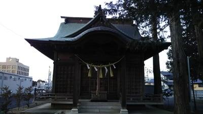 土神社の本殿