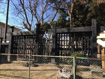 東京都円通寺の山門