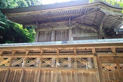 島根県物部神社の本殿