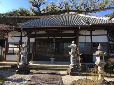 平野山 聖應寺の本殿