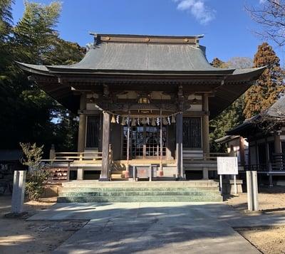 館腰神社の本殿