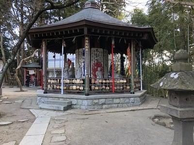 大満寺の本殿