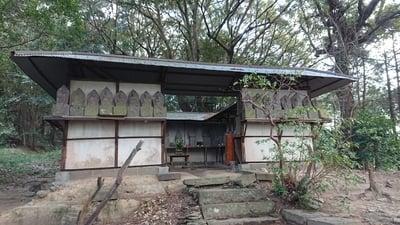 大分県丹生神社の末社