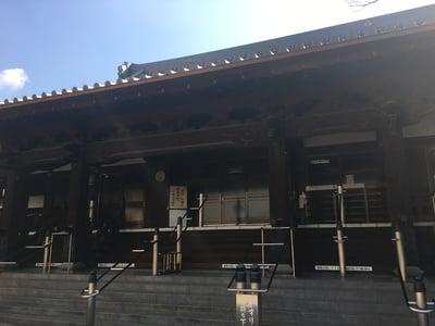 萬行寺の本殿