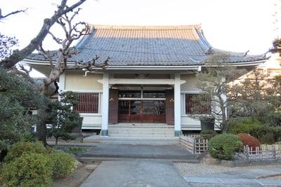 東京都蓮花寺の本殿