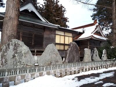 岩手県於呂閇志胆澤川神社の建物その他