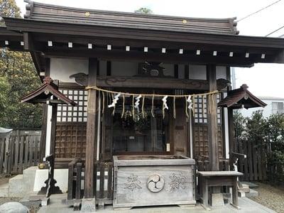 東京都阿豆佐味天神社 立川水天宮の本殿