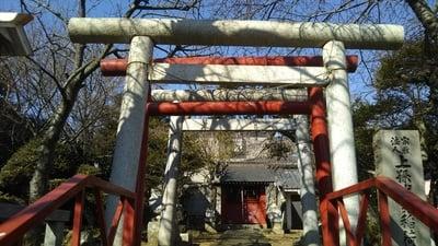 上孫伏見稲荷神社の鳥居