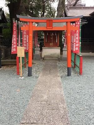 東京都金王八幡宮の鳥居