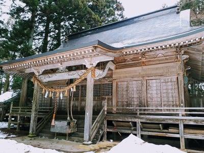 岩手県八幡神社の本殿