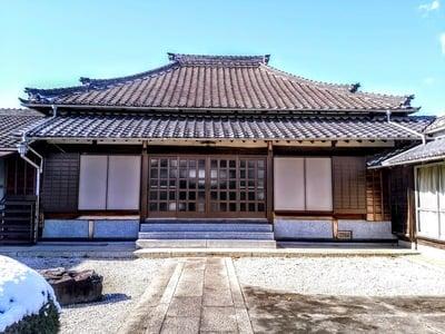 富潤山 龍光寺の本殿