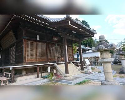 岡山県朝日寺の本殿