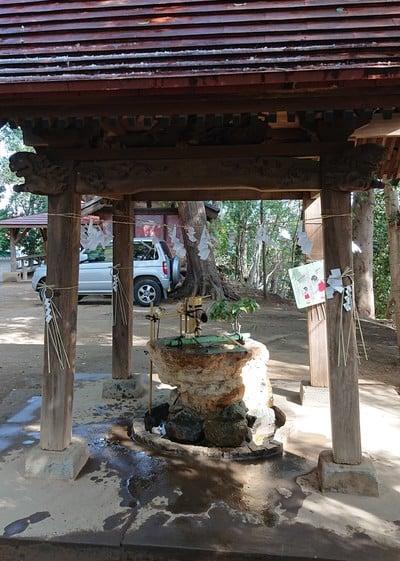 氷川女体神社の手水