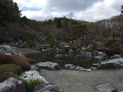 當麻寺の庭園