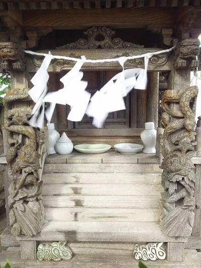 蛇幸都神社の本殿