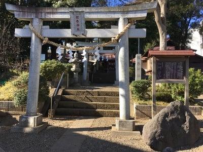 弦巻神社の鳥居