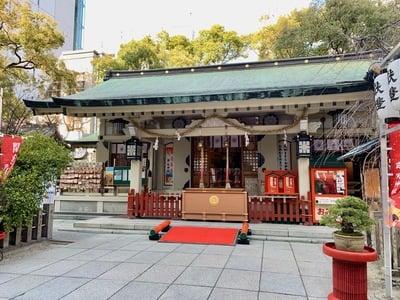 露天神社の本殿