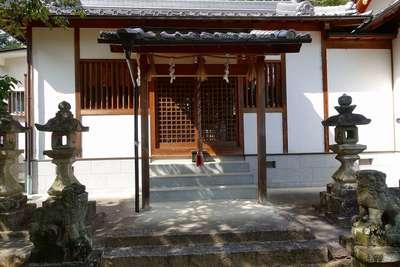 片岡神社の建物その他