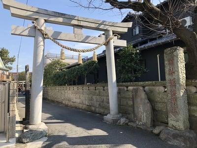 神奈川県諏訪神社の鳥居