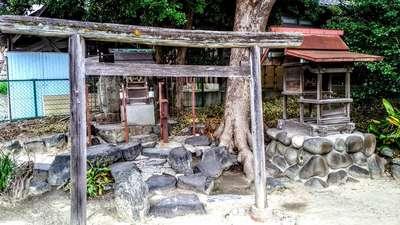 八坂瓊神社(王塚古墳跡)の鳥居