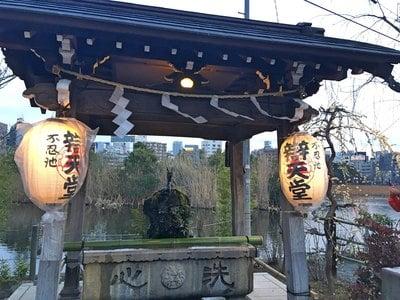 寛永寺不忍池弁天堂(東京都上野御徒町駅) - 手水舎の写真