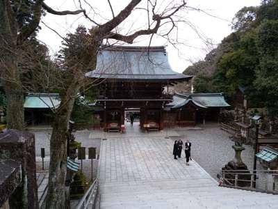岐阜県伊奈波神社の山門