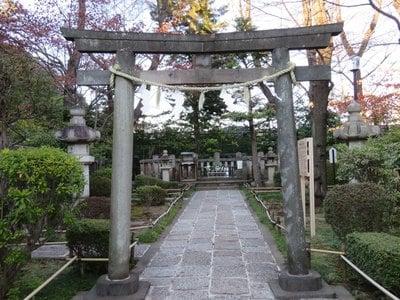 東京都松陰神社の本殿