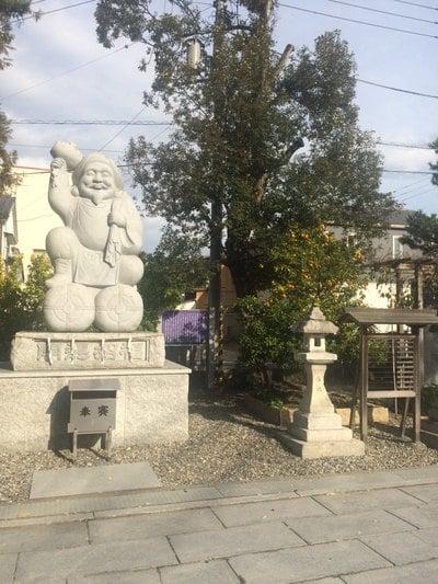 高知県小津神社の像